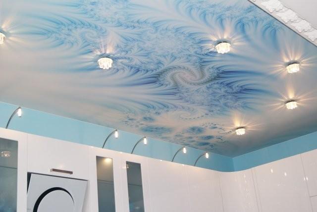 Потолок в ванной комнате: советы по ремонту (фото)