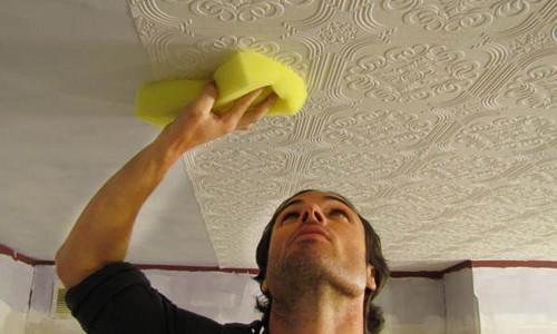 Как мыть потолочную плитку