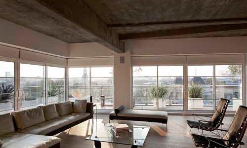 Бетонный потолок: его место в интерьере