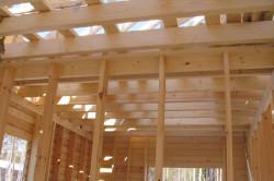 Деревянное потолочное перекрытие