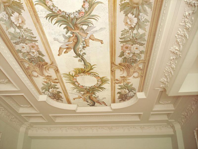 Потолок в технике фреска