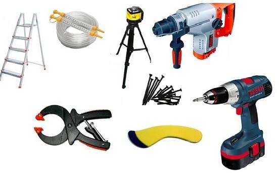 Инструменты для ремонта: рулетка, ножницы по металлу, дрель, шуруповерт, стремянка.