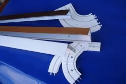 Крепеж некоторых видов плинтусов производится на саморезах