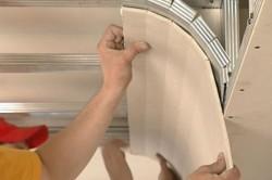 Кроме возможности сформировать любую конструкцию, гипсокартон также известен  тем, что его можно применять в отделке детских комнат.