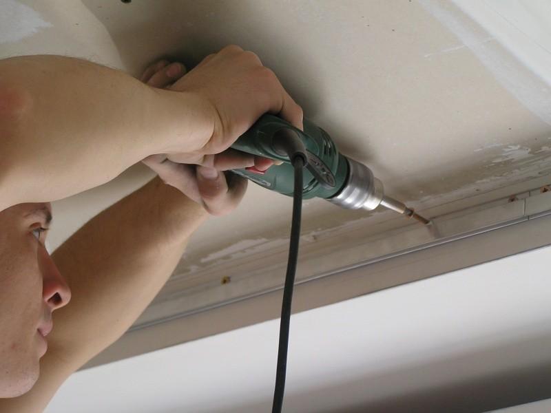 Натяжные потолки без нагрева: монтаж