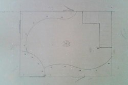 Перед тем, как наносить узор на потолок, необходимо нарисовать эскиз на бумаге