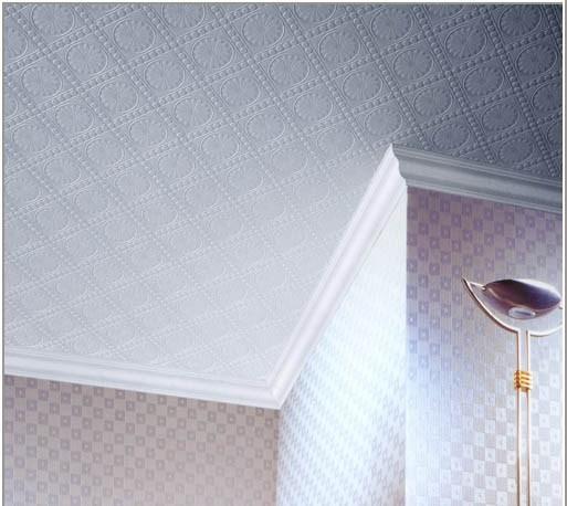 Клеевой потолок может быть выполнен в эксклюзивном стиле, и способен до неузнаваемости преобразить даже самое скромное помещение.