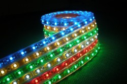 Светодиодная RGB лента для подсветки потолка
