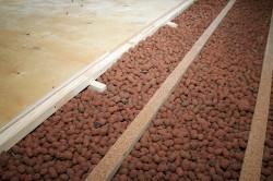 Утеплитель для деревянного потолка