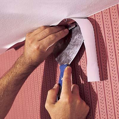 Установить потолки до поклейки обоев или после